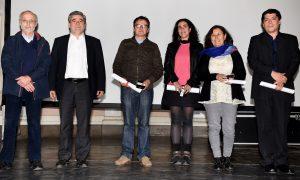 Doctores en Sociología junto al Rector, Eduardo Silva S.J., y Claudio Ramos, Director del Doctorado